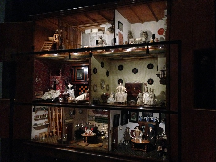 Rijks Museum Doll House