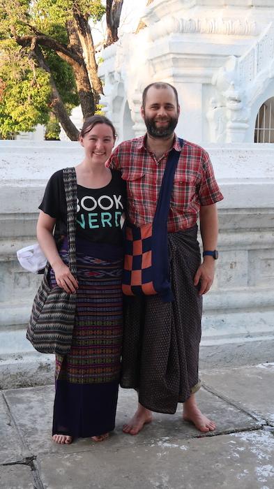 Wear a Longyi in Myanmar