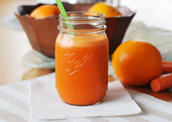 Super Orange Juice with Carrots, Oranges, Cucumber & Pear