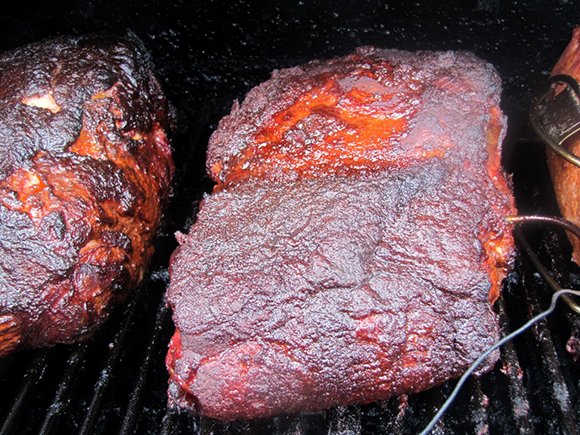 Step-By-Step Instructions on making Pulled Pork on the Smoker