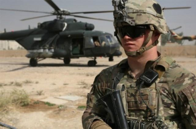 جندي أمريكي في إحدى المعارك ضد داعش