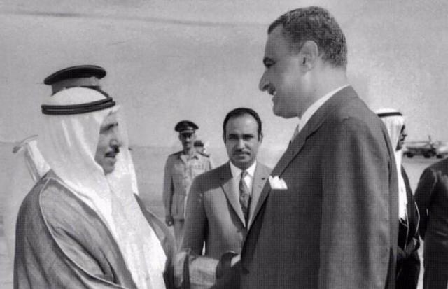 عبد الناصر يودع أمير الكويت