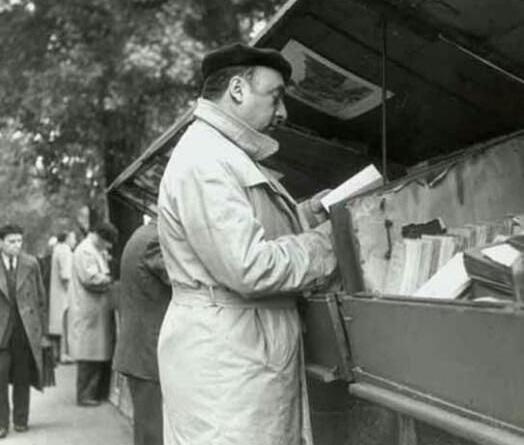 بابلو نيرودا في باريس