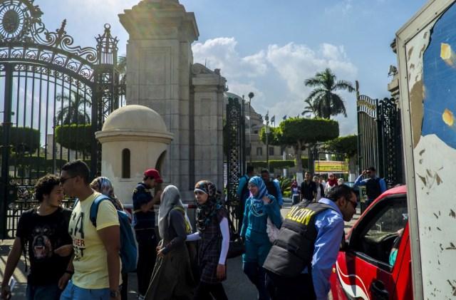 الحجاب في الجامعات