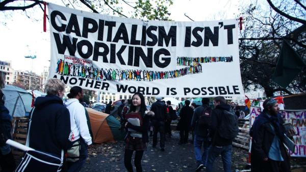 مسيرات مناهضة للرأسمالية