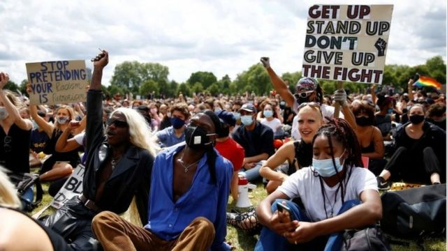 مظاهرات ضد العنصرية في بريطانيا