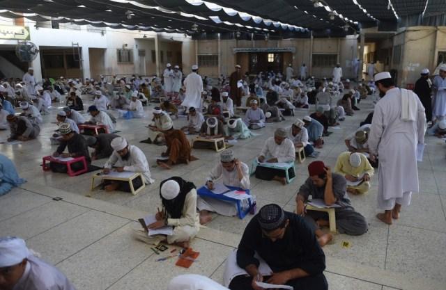 المدارس الدينية في باكستان