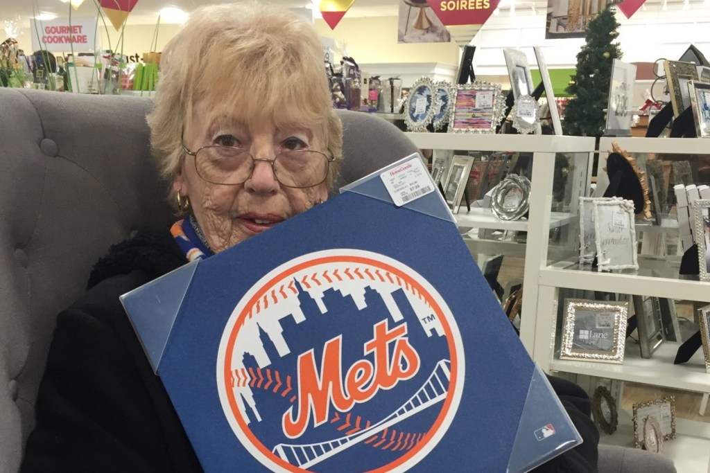 Grandmother With Just Weeks to Live Gets Special Phone Call From Her Two Favorite Baseball Players
