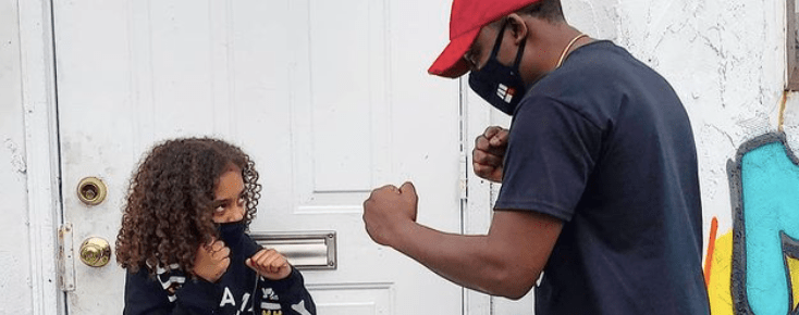 You Don't Want To Mess With This Seven-Year-Old Boxer: Father Training Daughter To Box