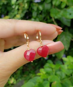 Argola com Coração de Jade Vermelha em banho de ouro 18k