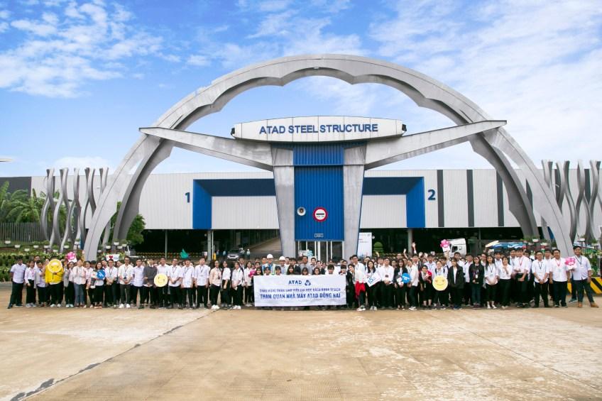 Sinh viên Đại học Bách Khoa tham quan nhà máy ATAD Đồng Nai