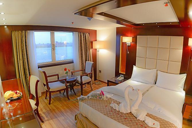 16053860702Blue-Shadow-Nile-Cruise2