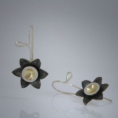 Golden-eyed Susan earrings by Joana Miranda