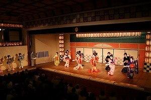華の舞ステージ
