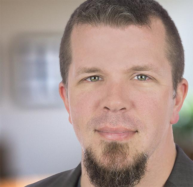 Dr. Chase Cunningham