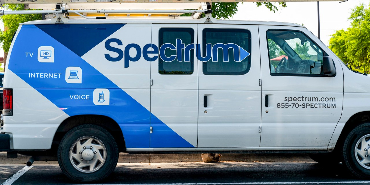 Spectrum to Provide Free Internet to Students Without