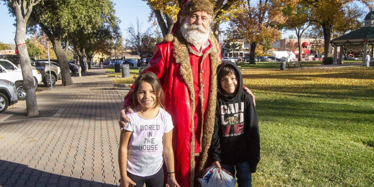 Santa Brings Christmas Cheer to Paso Robles Holiday House