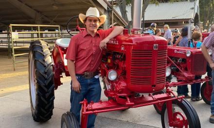 JB Dewar Tractor Restoration Winners Awarded at CMSF