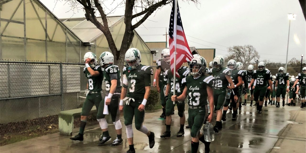 Kaschewski Leads Eagles Over Wasco