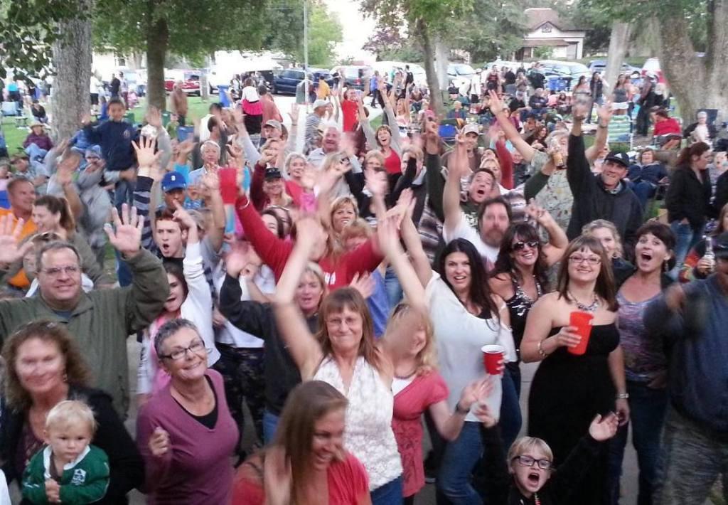 Templeton concert Crowd