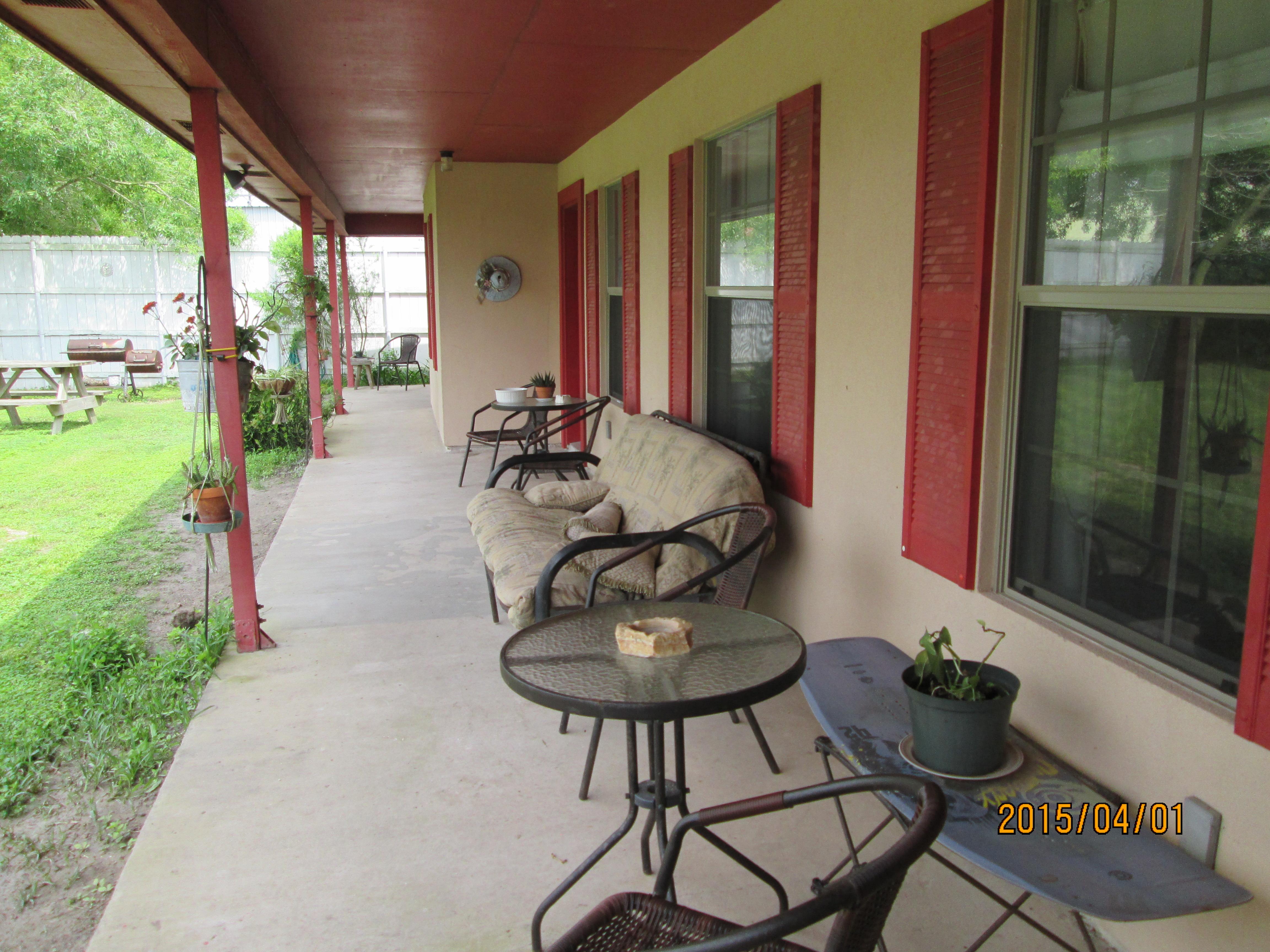 Arroyo City Cabins 2 Green Jay Getaway Atascosa Outlook