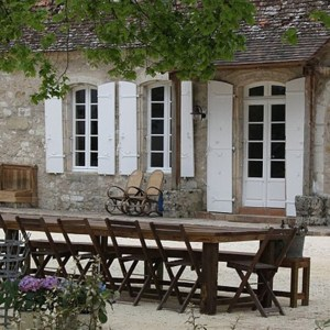 Family Patio Table in French Courtyard