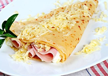 Ham and Cheese crepe.