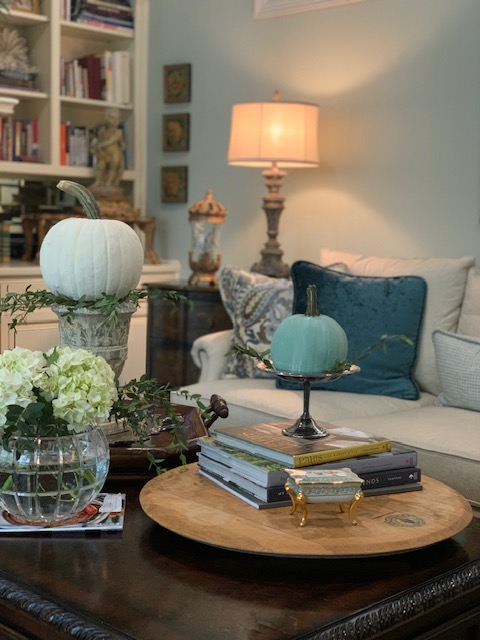 Fresh Colors for Fall Decorating.