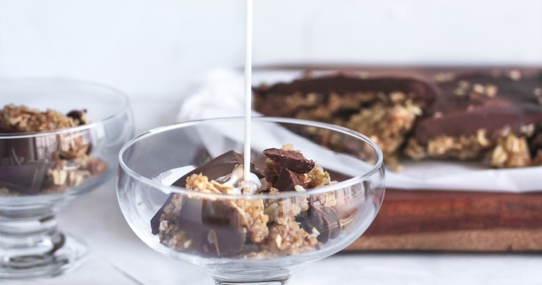 Honey Quinoa Oat Chocolate Cereal