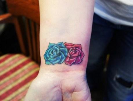 Flower Tattoo ON wrist For Girls 02