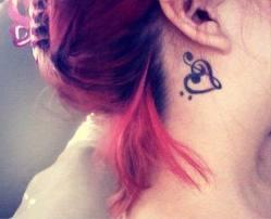 heart tatoo behind ear