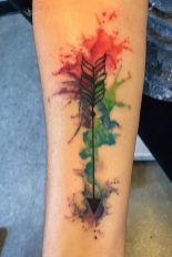 Watercolor arrow tattoo on arm. https://pl.pinterest.com/pin/534169205786251308/