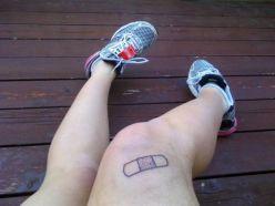 Cute sticking plaster above knee https://pl.pinterest.com/pin/202521314463768921/