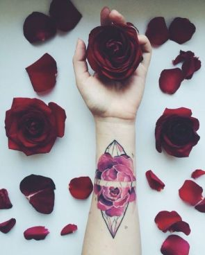Amazing rose tattoo