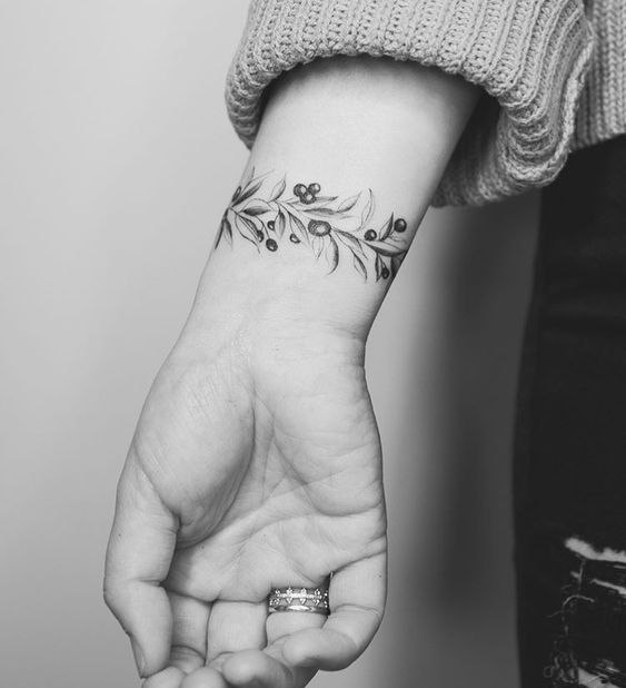 Blueberries and leaf armband wrist tattoo for women