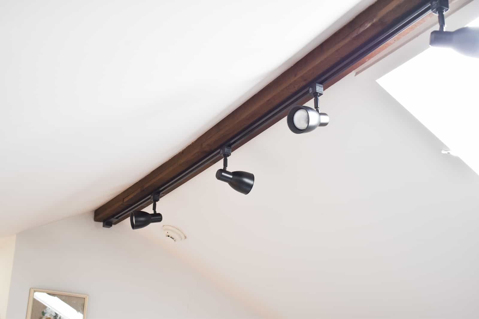 how to change track lighting at
