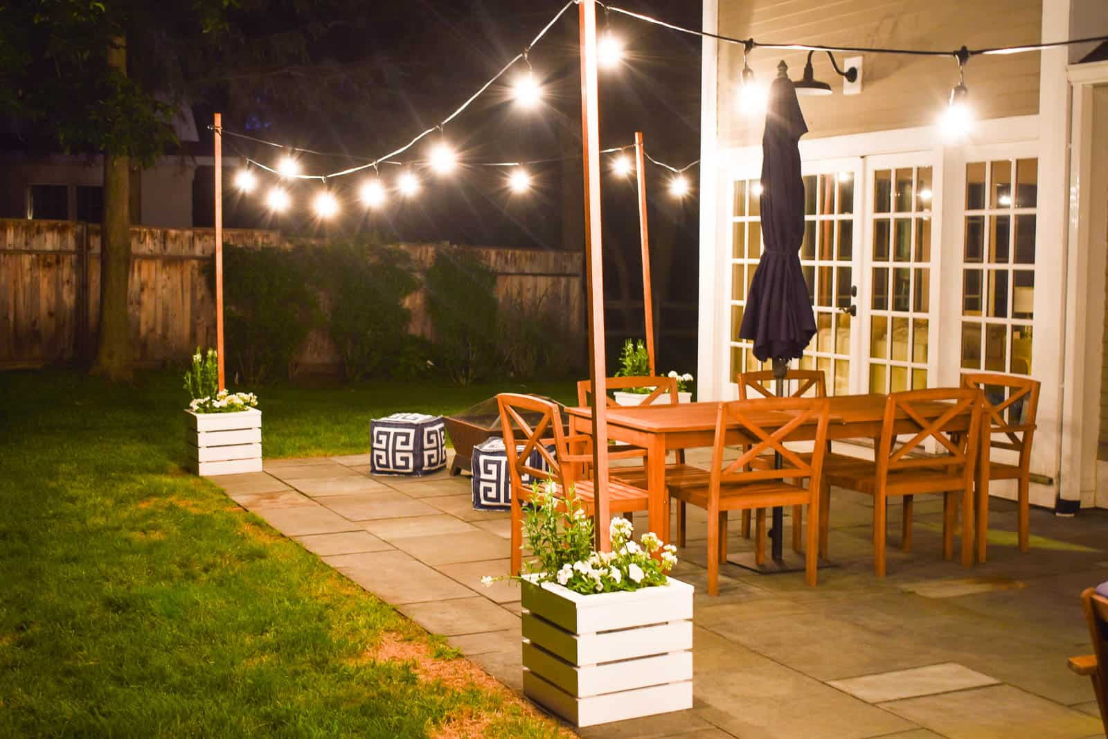 DIY Planter with Pole for String Lights - At Charlotte's House on Backyard String Lights Diy  id=20642