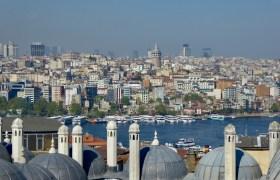 Stambuł, widok na dzielnicę Beyoğlu