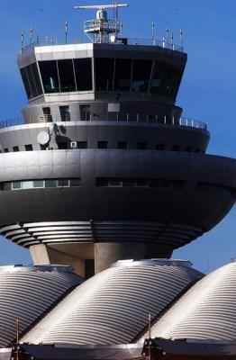 Torre de Control de Adolfo Suárez Madrid-Barajas. Fotografía de AENA