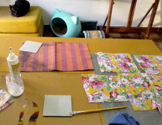 colagem dos tecidos nas capas