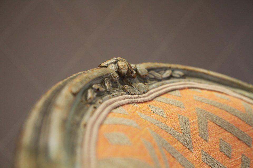 Cabriolets Louis XV entièrement restaurés en crin et tissu VANO lumineux