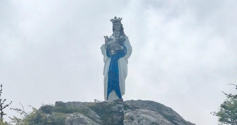ピレネー山脈 聖母マリア像
