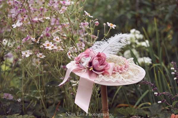 Afternoon Fancy Hat   Photo Credit: Nina Lin Photography (http://www.ninalin.com/)