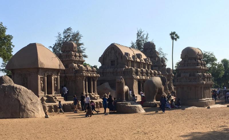 初期のヒンドゥー建築が見れる