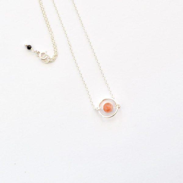bijoux-pierre-argent-vrai-collier-funambule-lithotérapie-orange-pierre-de-soleil-2