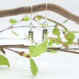 bloucle-orielle-pierres-bijoux-argent-cadeau-fete-mere-femme-etincelle-deux-brins-tourmaline-verte-1