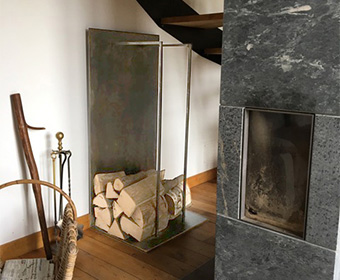 L'Atelier Villard, créateur de mobilier contemporain français : les réalisations sur mesures.