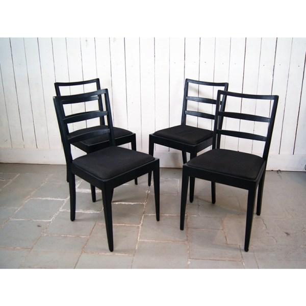 4-chaises-noires