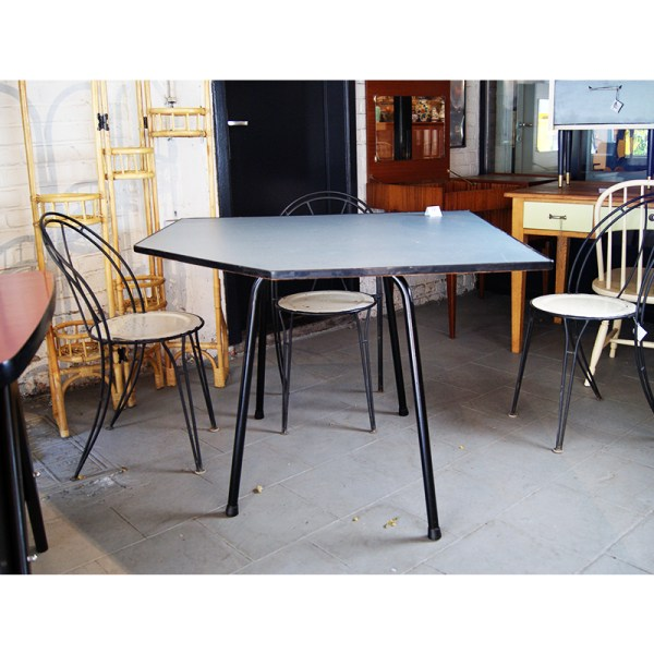 table-polygonale-1