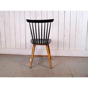 chaise-noire-1